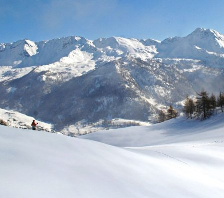 OFFER FREE SKIING HB 6 nights